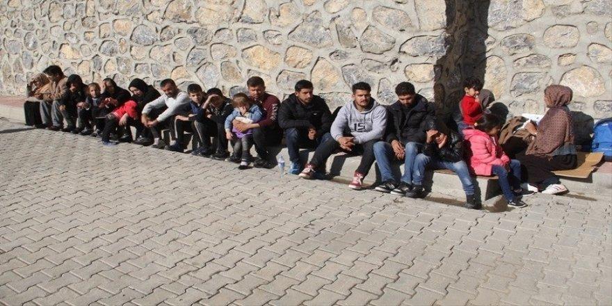 43 kaçak şahıs yakalandı
