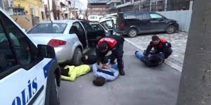 'Dur' ihtarına uymayan otomobil kovalamaca sonucu yakalandı