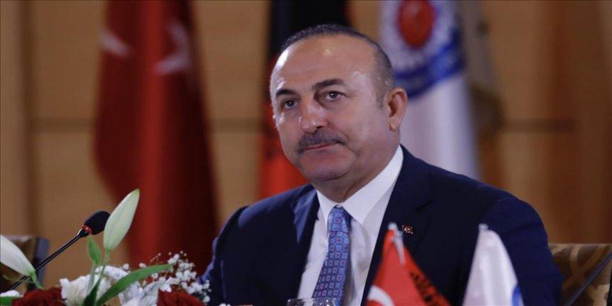 Çavuşoğlu'ndan Arnavutluk'a FETÖ çağrısı