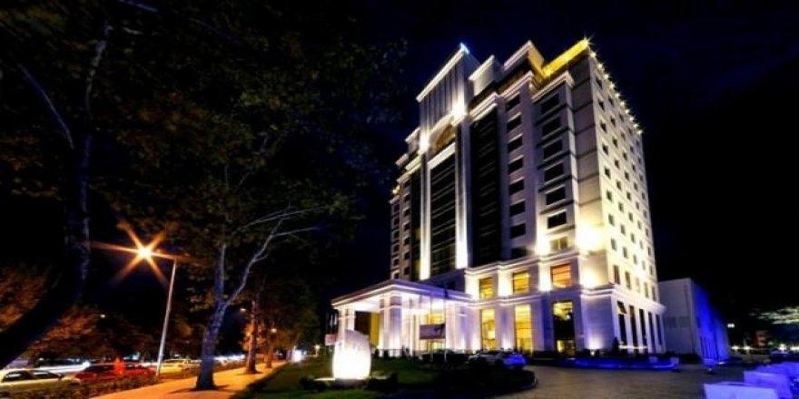 İldeki tek 5 yıldızlı otel satışa çıktı!