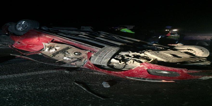 Otomobil takla attı: 4 ölü
