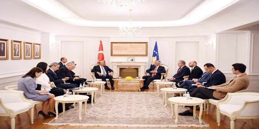 Bakan Çavuşoğlu, Thaçi ile görüştü