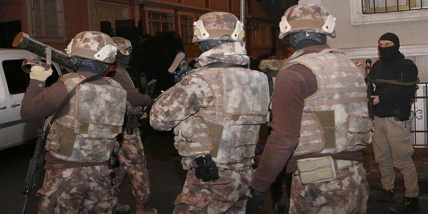 3 ilde terör operasyonu: 8 gözaltı