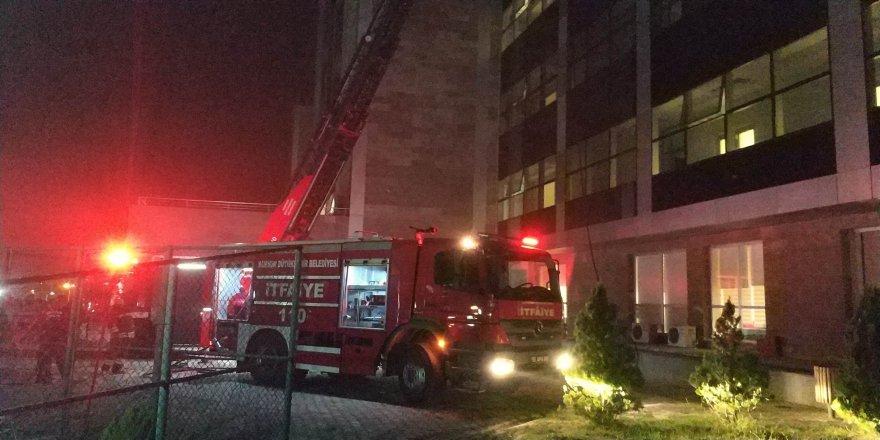 Hastanede yangın çıktı: 7 kişi dumandan zehirlendi