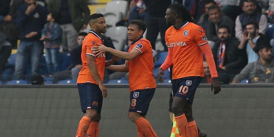 Başakşehir, Kayserispor'u tek golle geçti