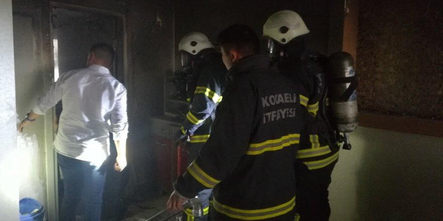 Gebze'de korkutan yangın