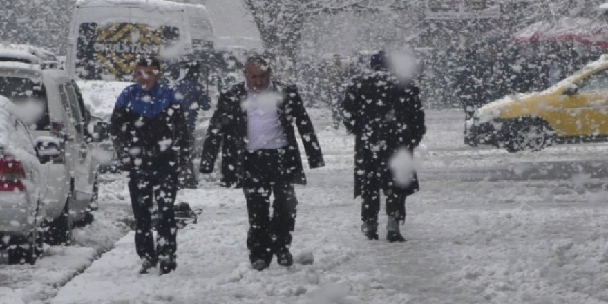 Pastırma sıcakları beklenirken Meteoroloji'den kar uyarısı geldi !