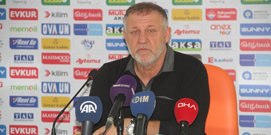 Bursaspor'da Mesut Bakkal görevinden ayrıldı