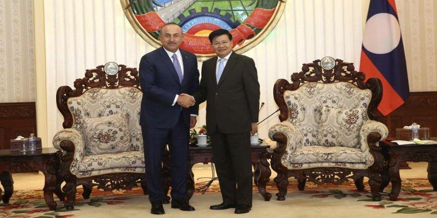 Çavuşoğlu, Laos Başbakanı ile görüştü
