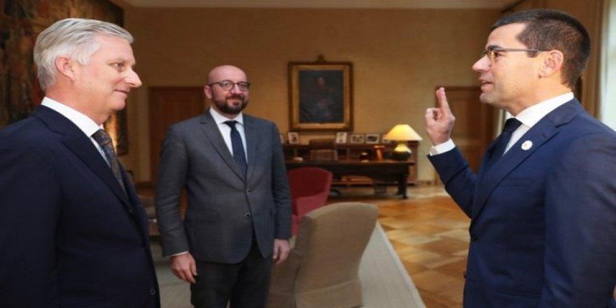 Milli Savunma Bakanı Loones yemin etti