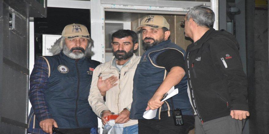 Bomba yüklü araçla ilgili 3 tutuklama