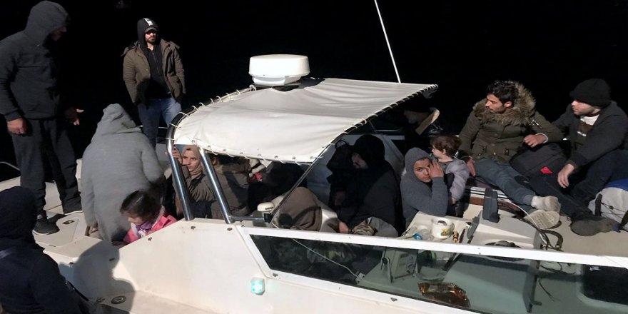 42 düzensiz göçmen yakalandı