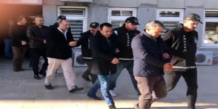 Kendilerini 'MİT' personeli olarak tanıtan çete çökertildi