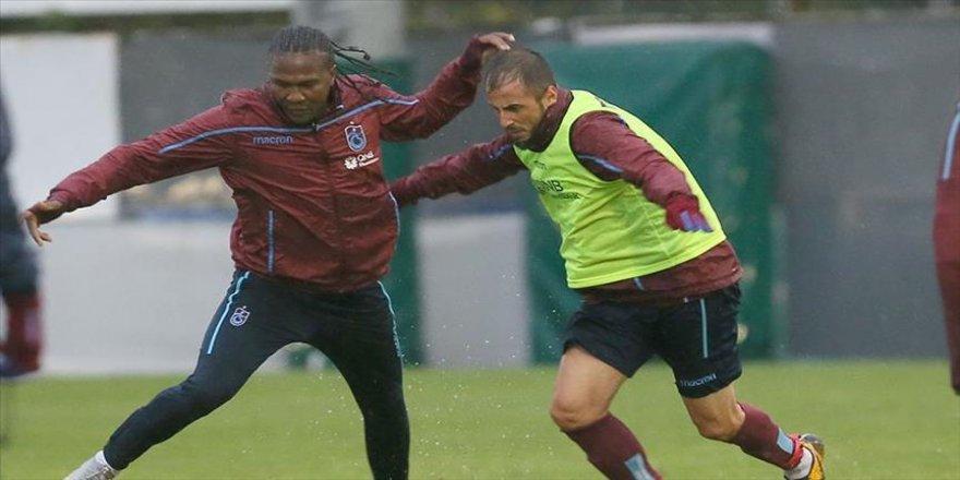 Trabzonspor'da derbi hazırlıkları basına kapalı yapıldı