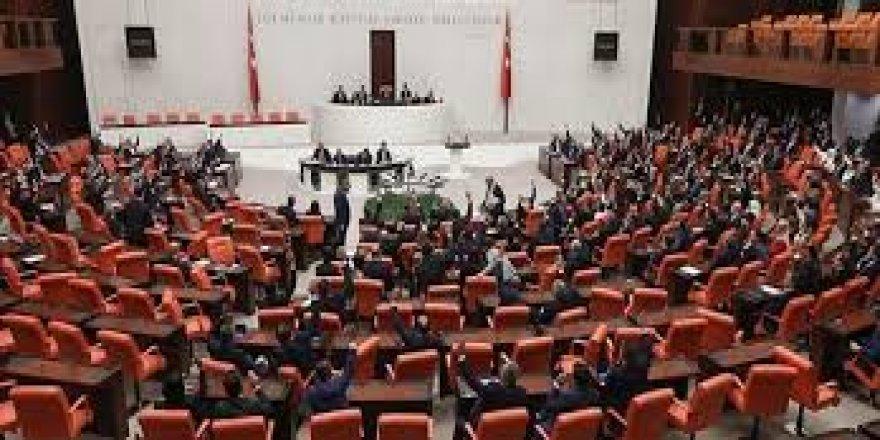 Sağlık alanında düzenlemeler içeren kanun teklifi kabul edildi