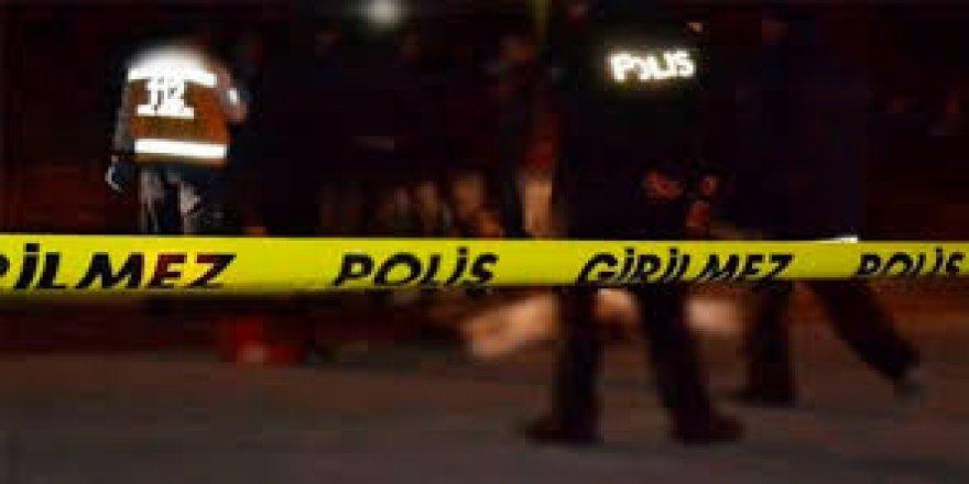 Hastane otoparkında silahlı saldırı: 1 ölü, 2 yaralı