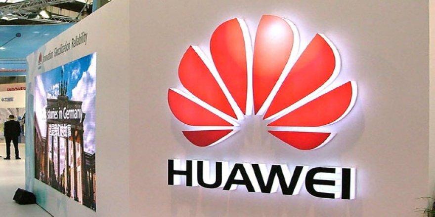 Huawei Apple'ın Siri'sine rakip olacak sesli asistan geliştirdi