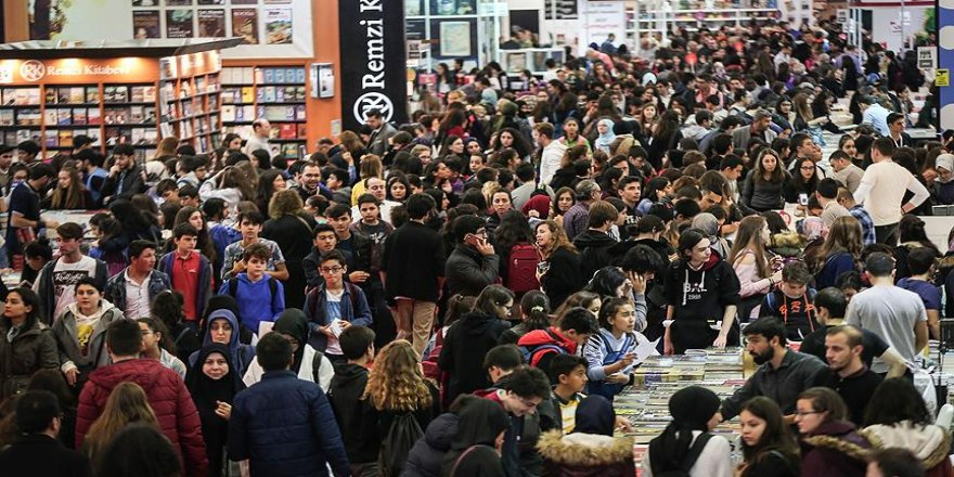 İstanbul Kitap Fuarı'nı 611 bin 444 kişi ziyaret etti