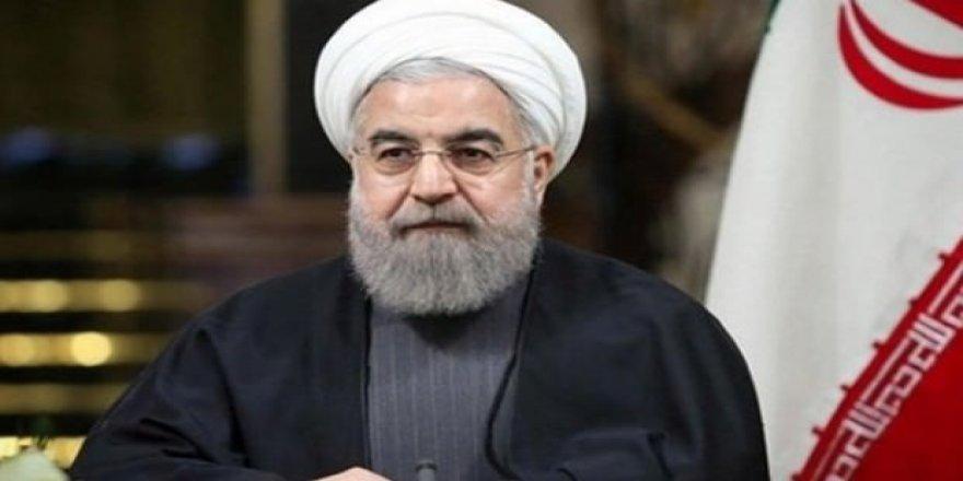 Ruhani: İran, ABD yaptırımlarına boyun eğmeyecek