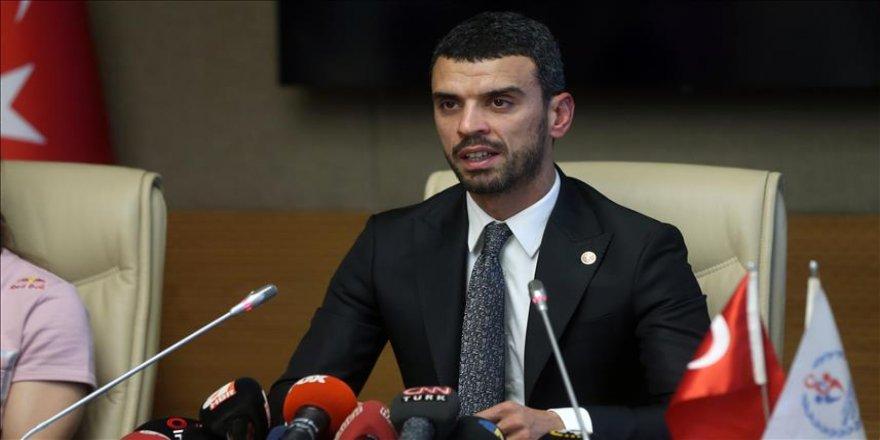 Sofuoğlu'ndan 'Spora Gönül Ver' projesi