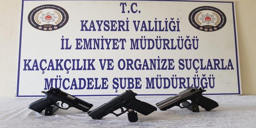 Silah ticareti yapan şahıslara operasyon
