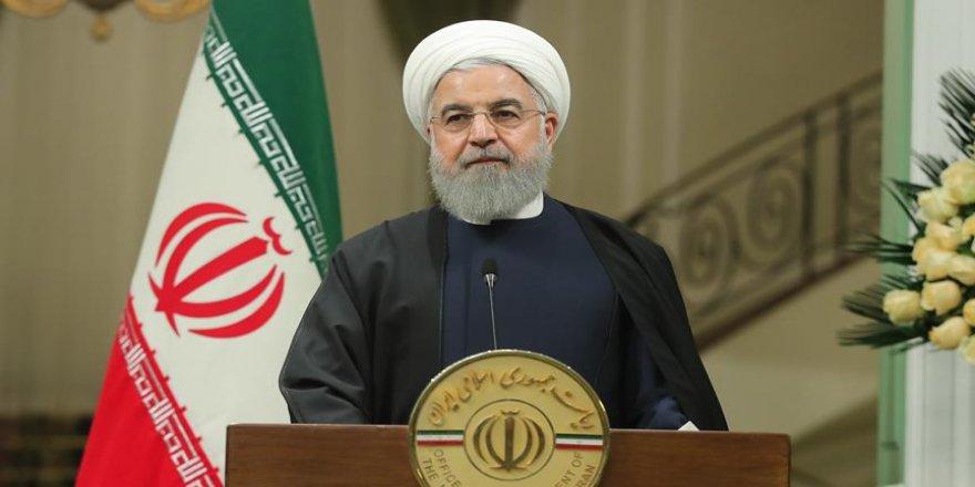 Ruhani hükümeti sorunlara duyarsız