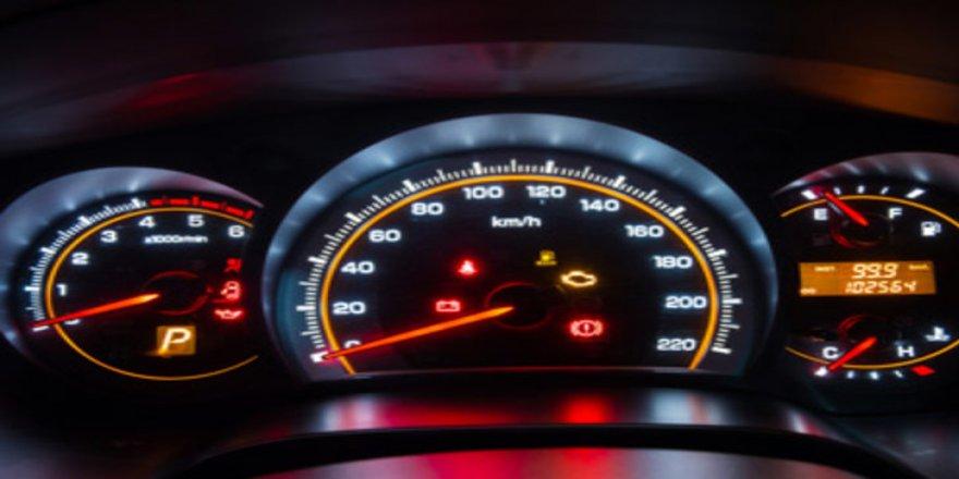 Aracın kilometresini düşürüp satana ağır ceza!