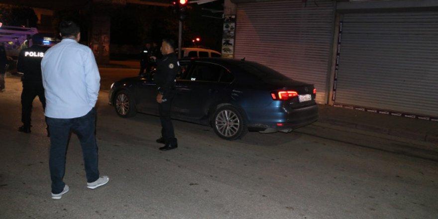 Çaldığı otomobil ile 10 kilometre boyunca polisten kaçtı