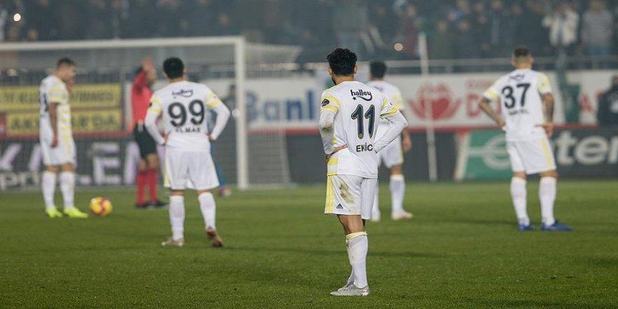 Fenerbahçe 4. kez 3 gol yedi