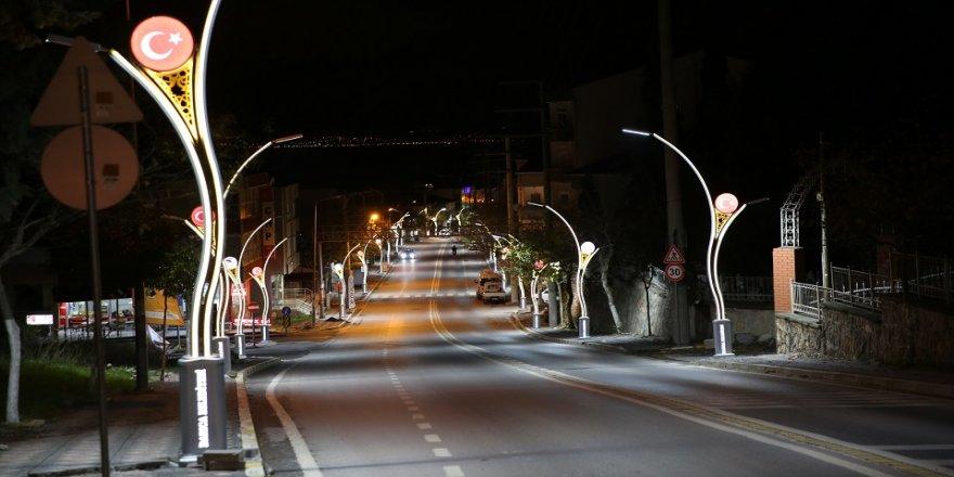 Darıca caddeleri ışık ışıl