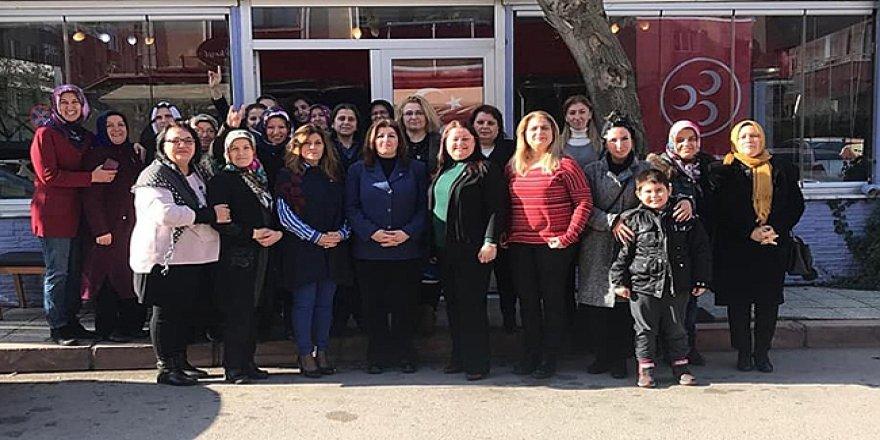 MHP'li kadınlar bir araya geldi