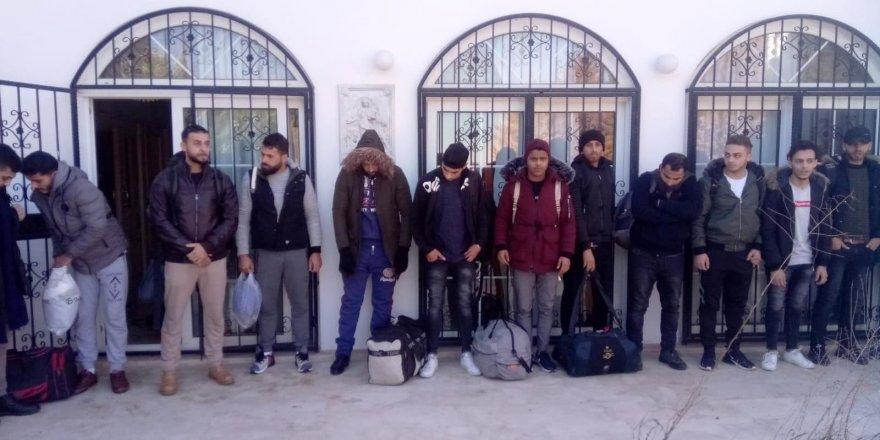 Kaçak göçmen saklandıkları evde yakalandı
