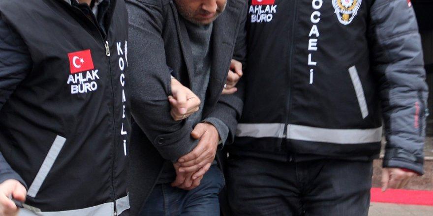 Kızları fuhşa zorlayan 2 kişi tutuklandı