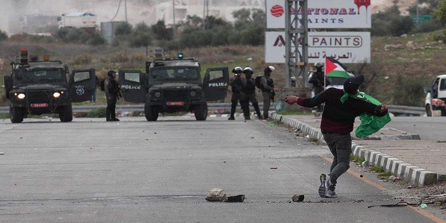 İsrail, Batı Şeria'da tansiyonun yükselmesinden endişeli