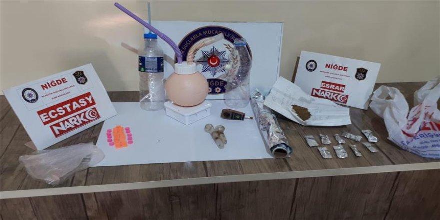 Uyuşturucu operasyonunda 9 tutuklama