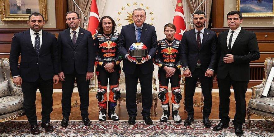 Erdoğan, Öncü kardeşleri kabul etti