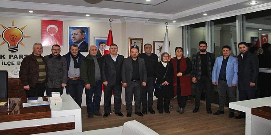 AK Parti Çayırova'da yönetim belirlendi