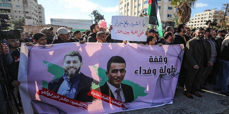Gazze'de İsrail'in 3 Filistinliyi öldürmesi protesto edildi