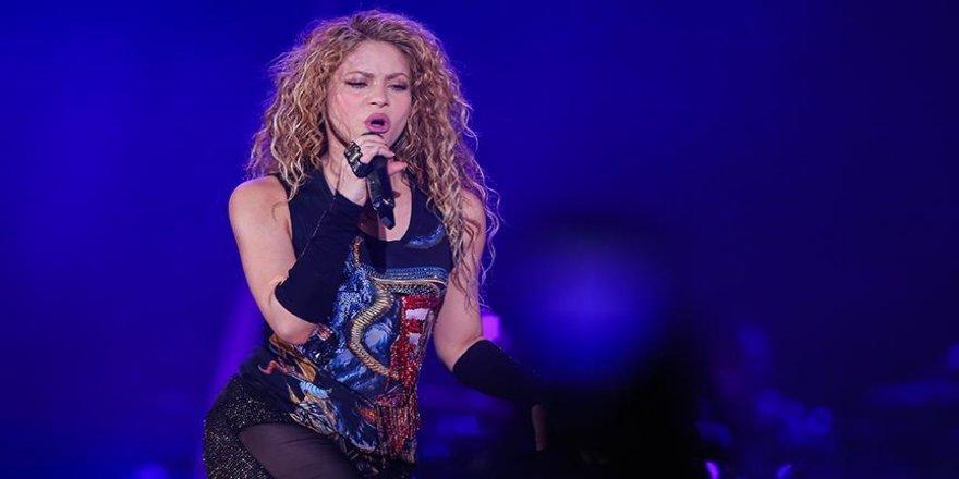 Shakira vergi kaçırma suçladı