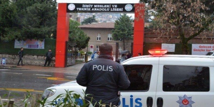 Kocaeli'de 2 kişi gözaltına alındı
