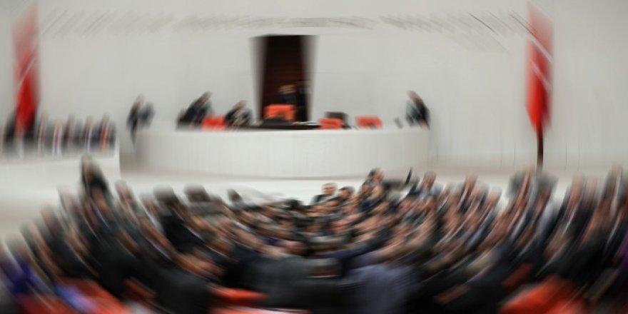 TBMM'de demokrasi tartışması