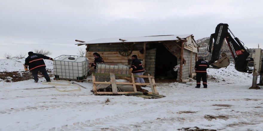 Kaçak yapı yıkımları devam ediyor