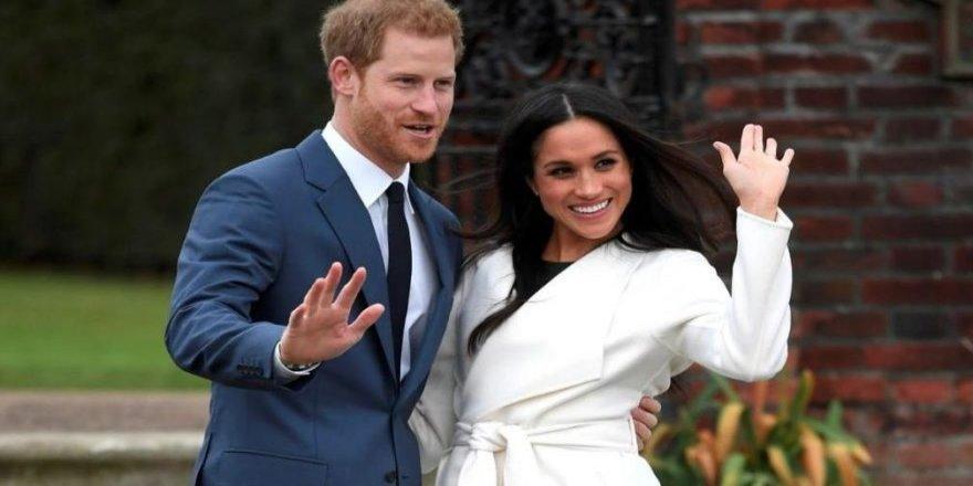 Prens Harry'nin kayınpederinden Kraliçe'ye sitem