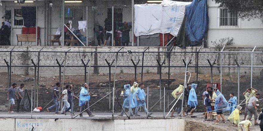Yunanistan, göçmenleri zorla geri gönderiyor