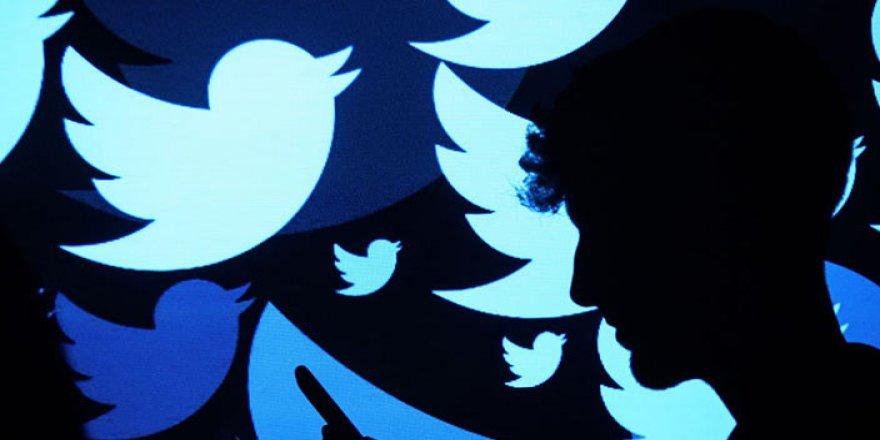 Twitter, kronolojik zaman tüneline geri dönüyor