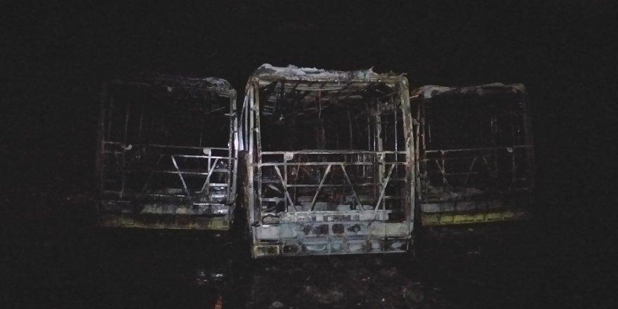 3 otobüs kül oldu