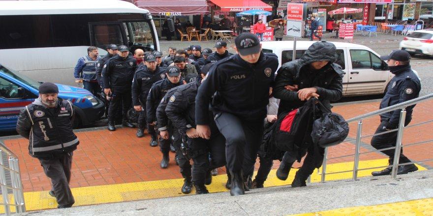 Kocaeli'nde FETÖ /PDY operasyonu: 4 şüpheli tutuklandı