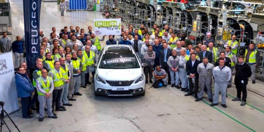 "1 milyonuncu ""Peugeot SUV 2008"" üretildi"