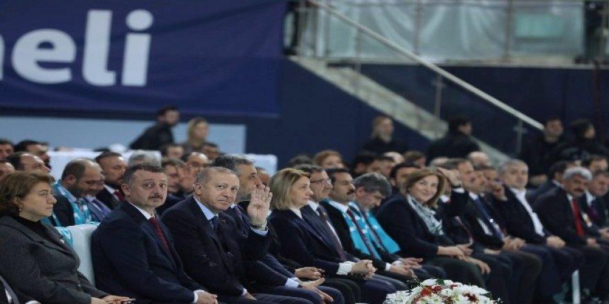 Cumhurbaşkanı Erdoğan AK Parti Kocaeli Belediye Başkanı adaylarını açıkladı