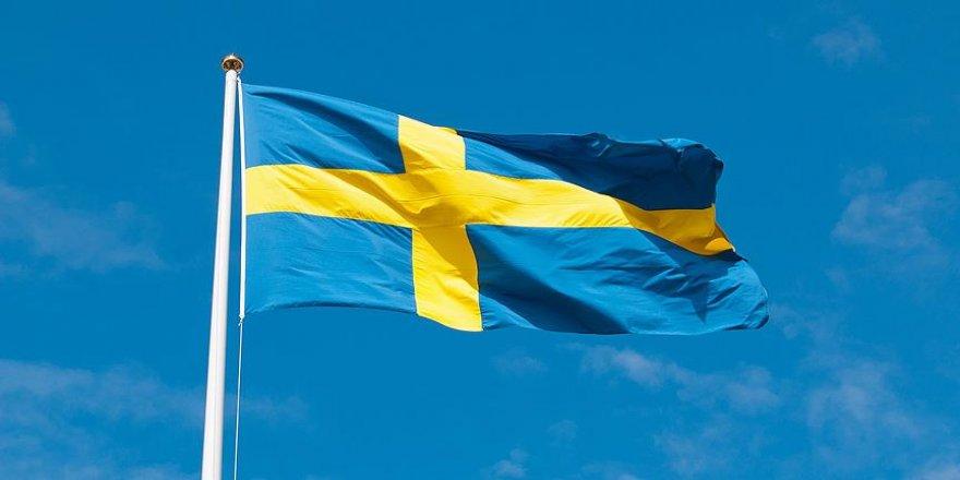İsveç'ten binlerce FETÖ'cüye oturma ve çalışma izni